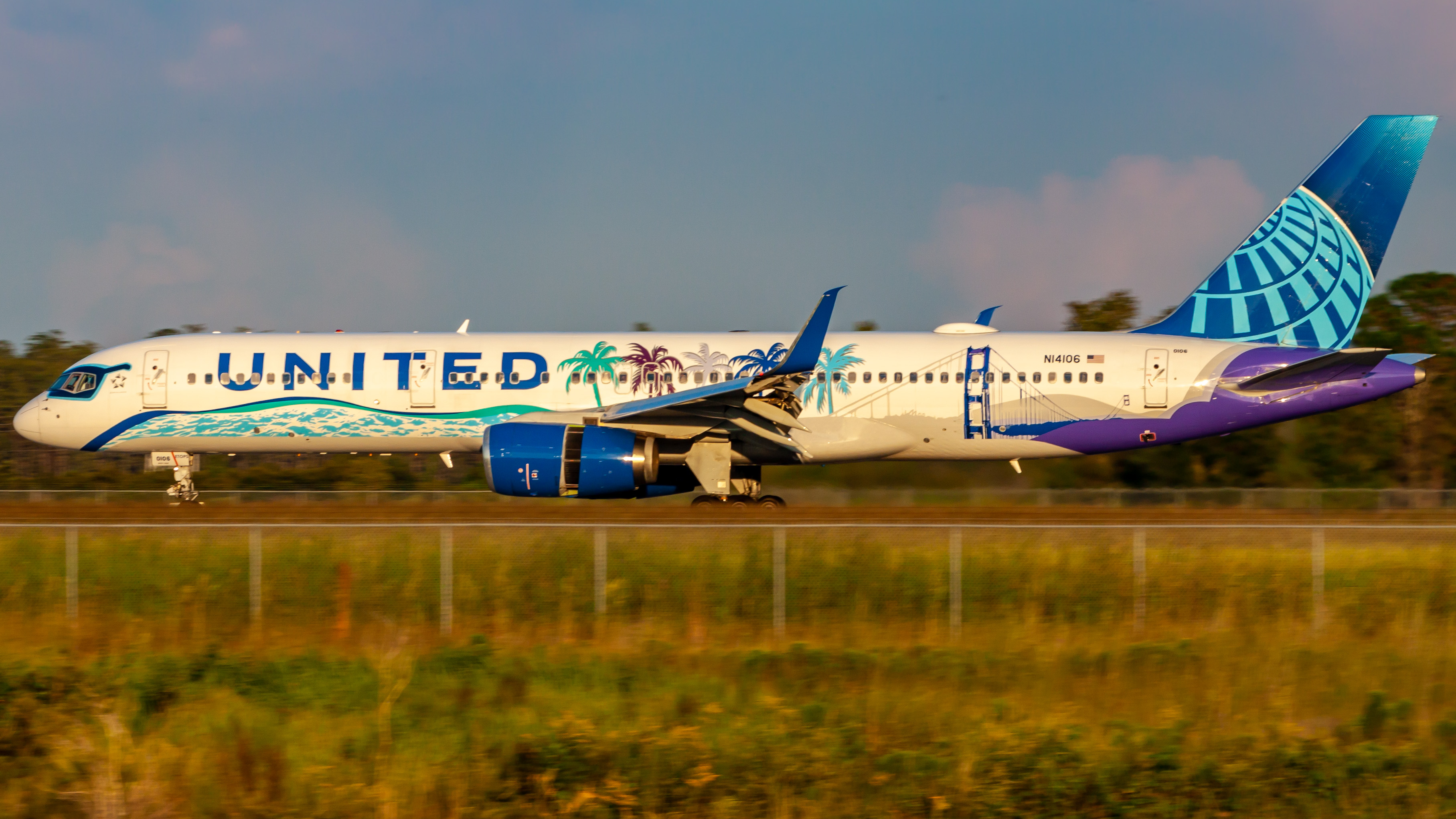 Photo of N14106 - United Airlines Boeing 757-200 at MCO