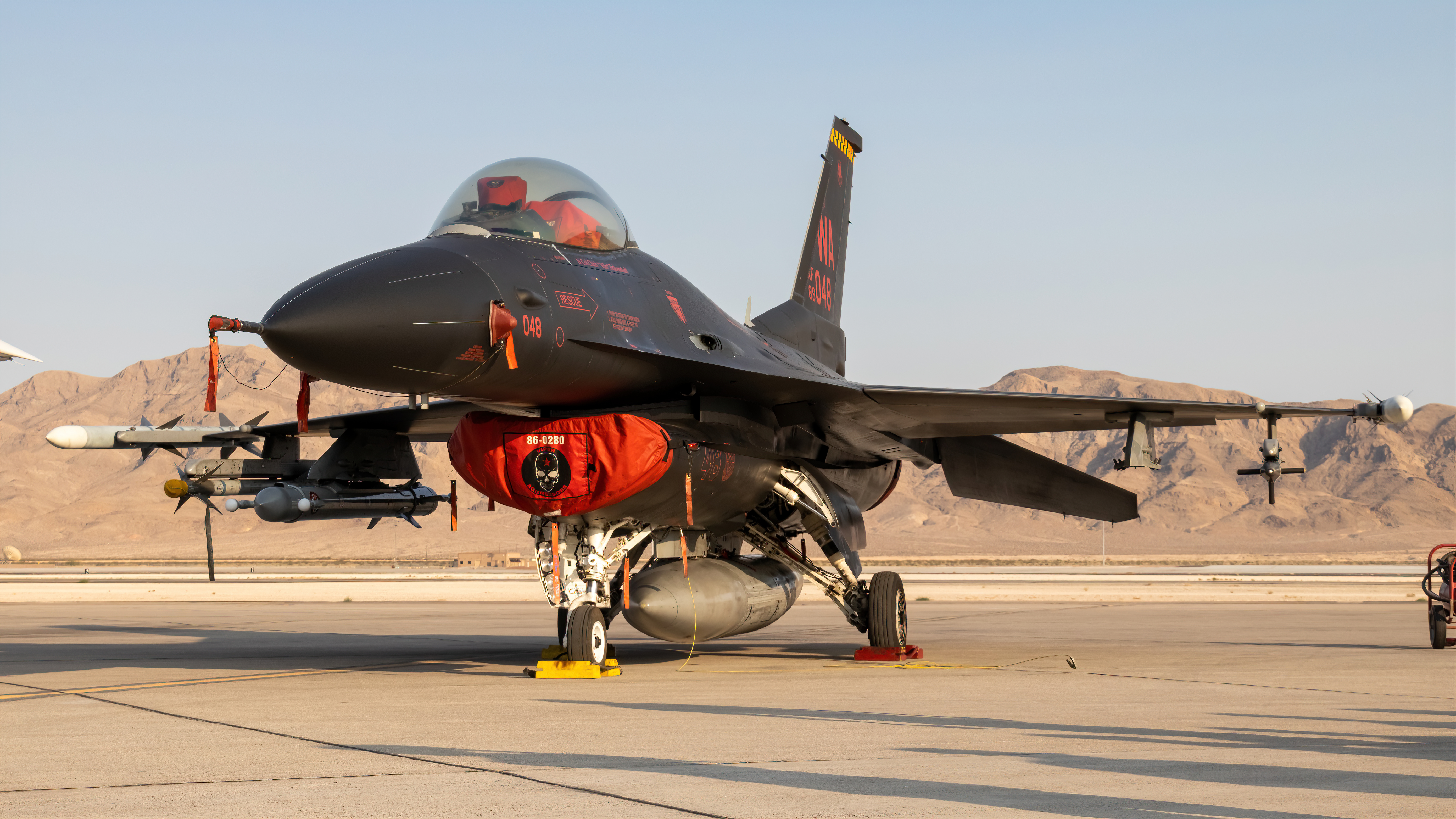 Photo of 89-2048 - USAF General Dynamics F-16 Fighting Falcon at LSV