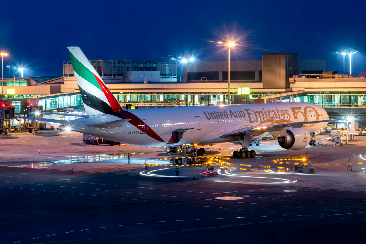 Photo of A6-EQM - Emirates  Boeing 777-300ER at SIN