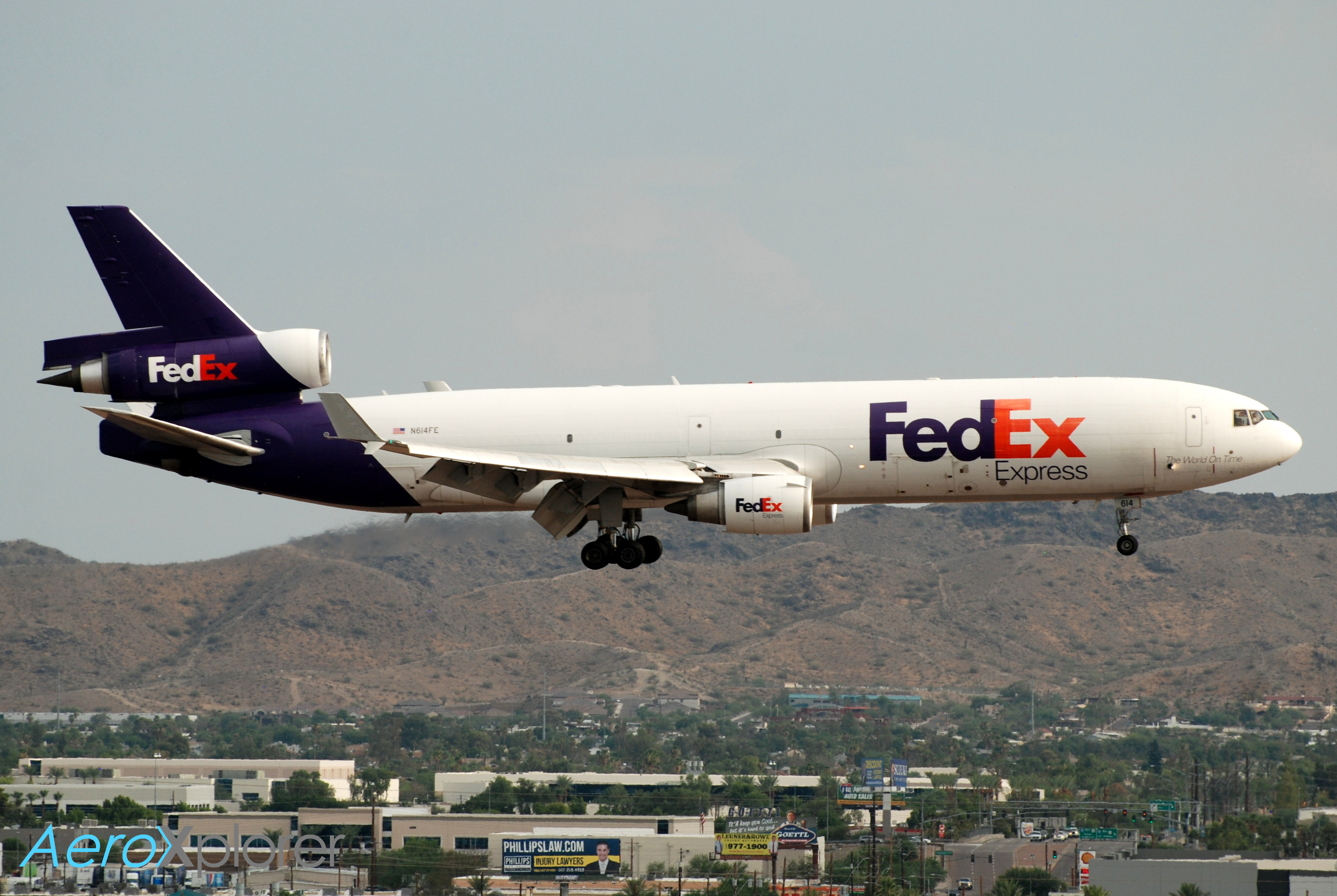 Photo of N614FE - FedEx McDonnell Douglas MD-11F at PHX