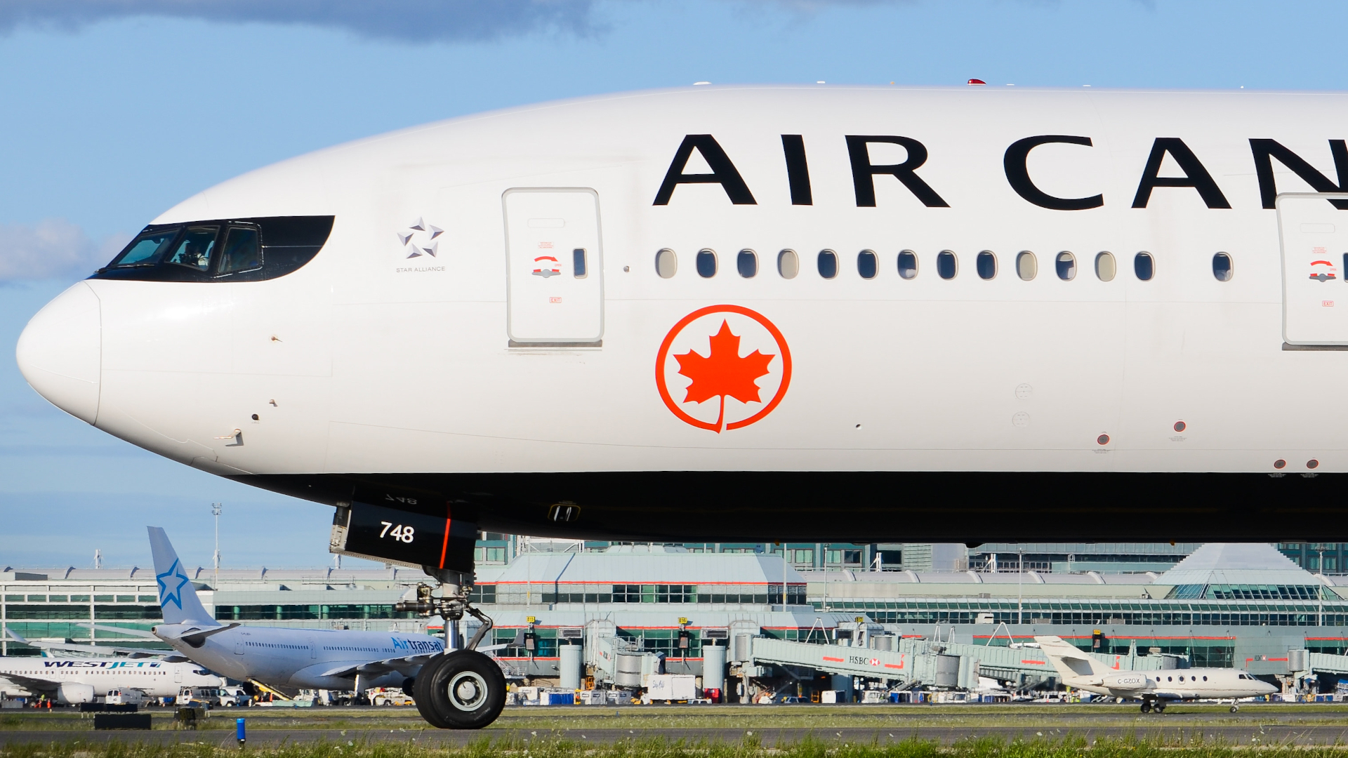 Photo of C-FJZS - Air Canada Boeing 777-300ER at YYZ