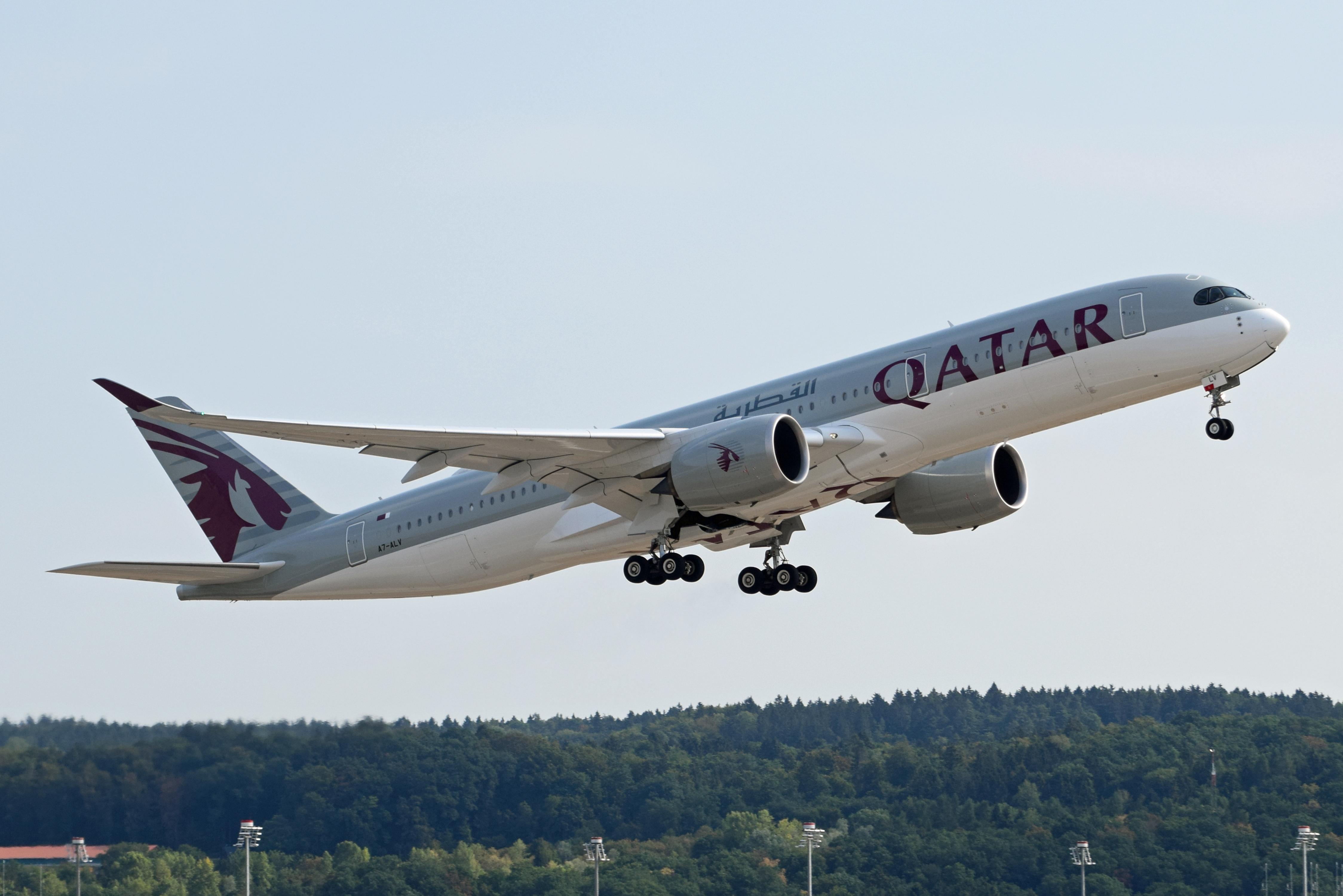 Photo of A7-ALV - Qatar Airbus A350-900 at ZRH