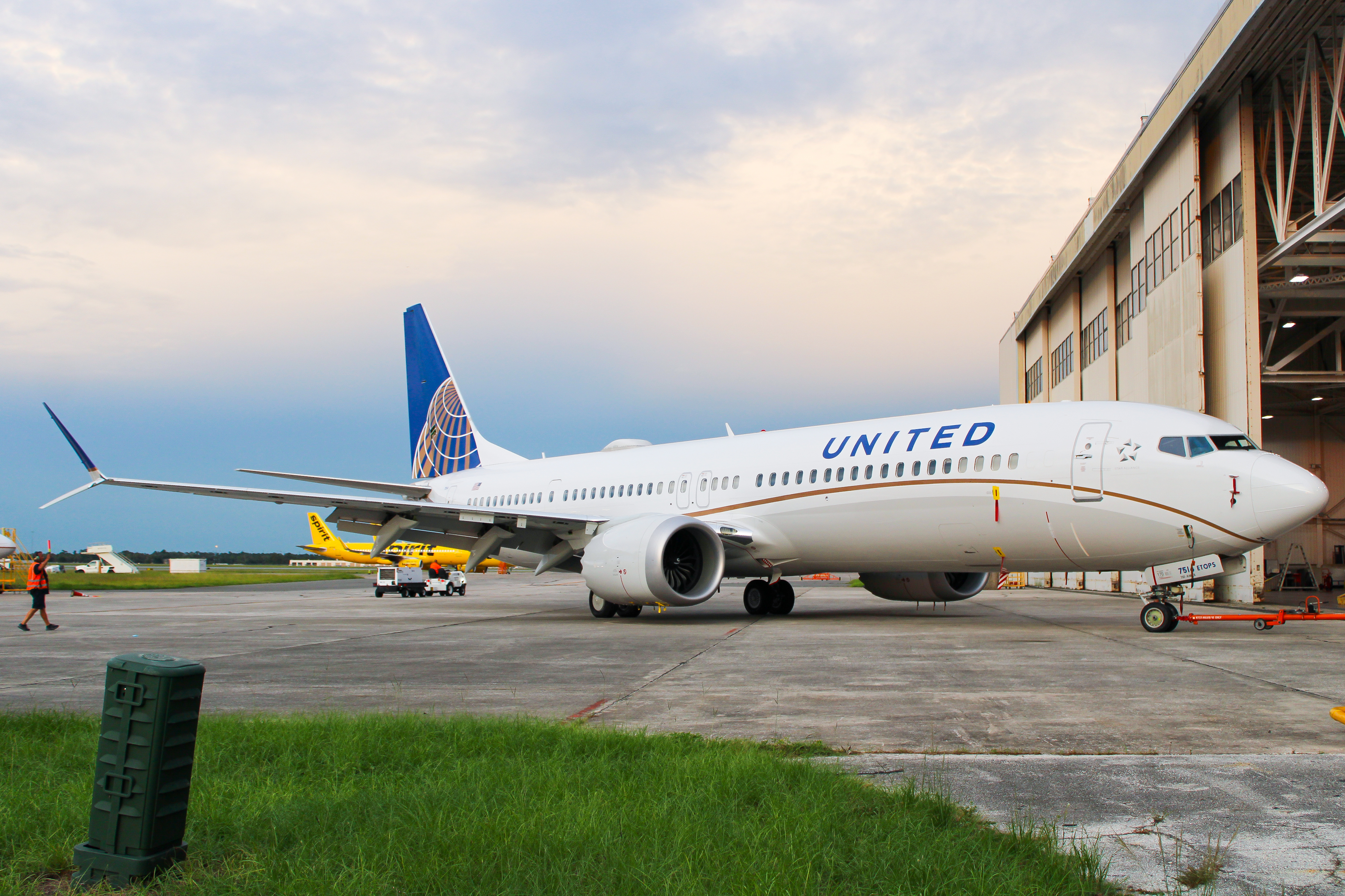 Photo of N37514 - United Airlines Boeing 737 MAX 9 at MCO