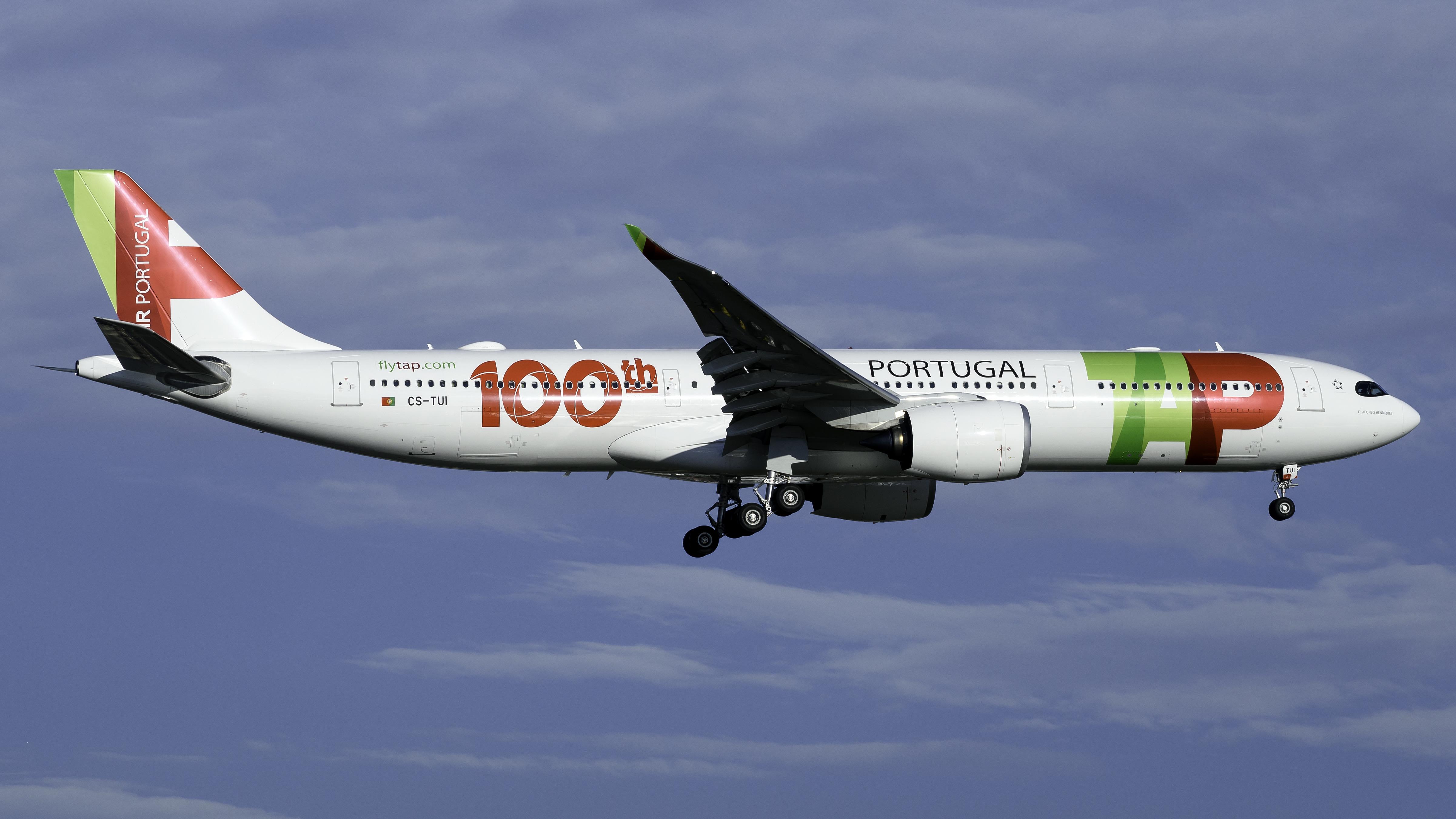 Photo of CS-TUI - TAP Air Portugal Airbus A330-900 at EWR
